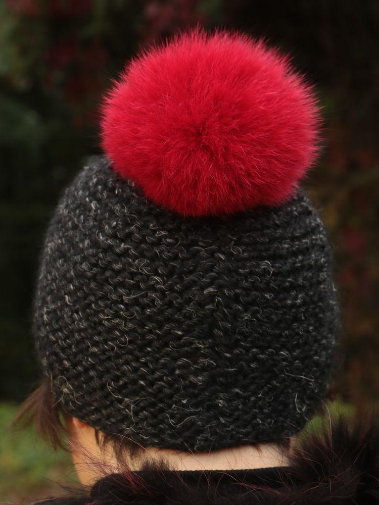 Kožešinová bambule na čepici ze skandinávské polární lišky - barvená červená b79c343097