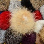Náhled výrobku: Kožešinová bambule na čepici malá - králík
