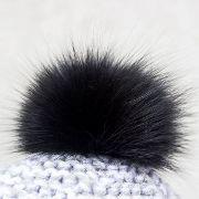 Náhled výrobku: Kožešinová bambule na čepici z barvené polární lišky