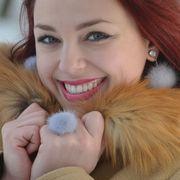 Náhled výrobku: Kožešinové náušnice na puzetu crystal