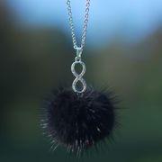 Náhled výrobku: Kožešinový náhrdelník, norek - nekonečno