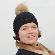 Náhled výrobku: Pletená čepice černá - vzor rákos