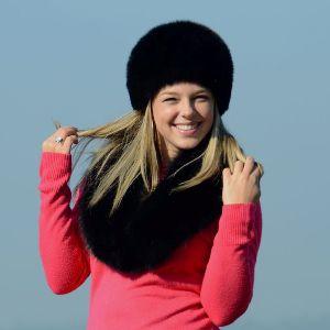 Náhled výrobku: Kožešinová čepice a límec polární liška - pesec, barvená černá