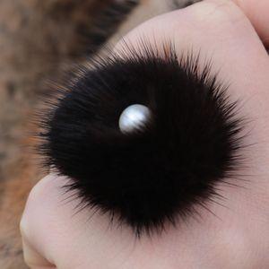 Náhled výrobku: Prsten s kožešinou - norek černý